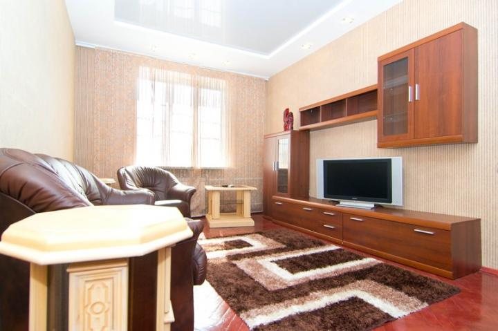 3 room apartment nezavisimosti 23