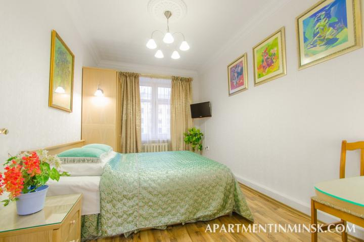 Luxury accommodation in Minsk on Nezavisimosti ave 42