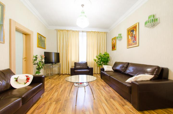 Luxury apartments for rent on Nezavisimosti ave 42