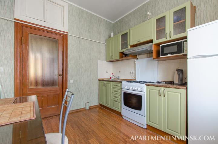 Rent a room in Minsk, Nezavisimosti Avenue 18 apartment
