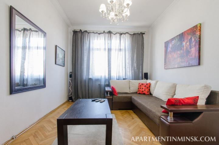 Circus 2 bedroom apartment for rent