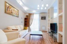 2 bedroom apartment on Lenina-Nezavisimosti corner